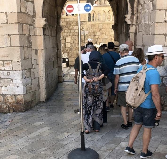 Omgaan met de drukte in vakantiestad Dubrovnik: Design, Information en Management in de praktijk